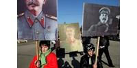 Oroszországban magas fokozatba kapcsolt a történelemhamisítás