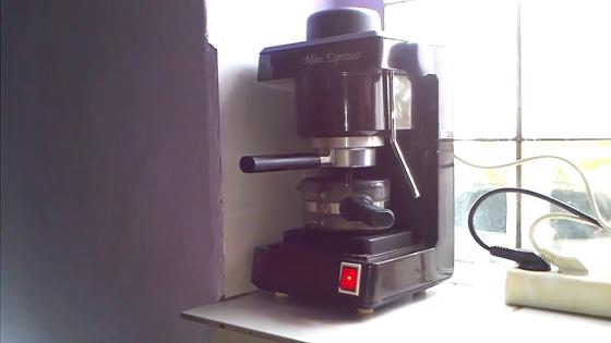 Vállalkozás: A kávéfőzős szarvasi gyár jövőjéről tárgyalt a