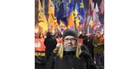 Belehalt sérüléseibe a savval leöntött ukrán civil aktivista