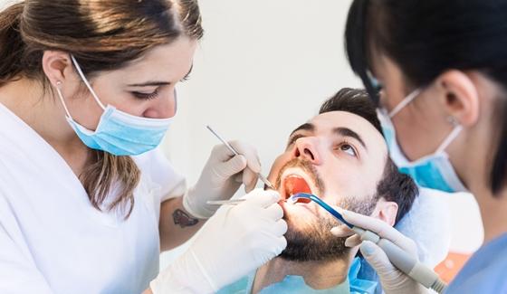 keresek női fogorvos)