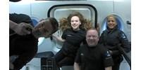 Simán visszatért a Földre a SpaceX űrturistákat szállító űrhajója