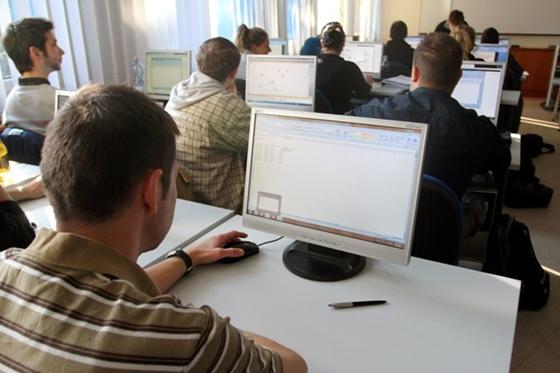 hogyan lehet valóban online pénzt keresni bináris opciók kereskedését másolja
