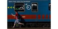 Egyre többen unják a dugót és utaznak vonattal a Balatonra