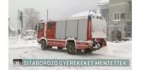 Sítáborozó magyar gyerekeket kellett kimenteni a hó miatt Ausztriában