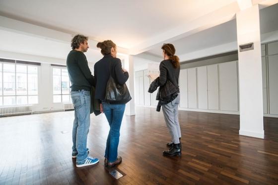 mennyit keres a házigazda otthon2 euró opció vélemények