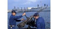 Egy orosz határőrhajó szándékosan nekiment egy ukrán hadihajónak