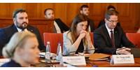Az EP elszabadult hajóágyú szerepét vissza kell vágni