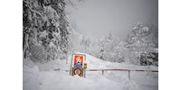 500 osztrák katona harcol a hó ellen