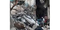 Csecsemőt mentettek ki az oroszországi gázrobbanás romjai alól