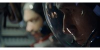 Ryan Gosling holdra száll, és mintha a néző hagyná ott a lábnyomát